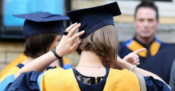 Made in China forgery business sells fake degrees